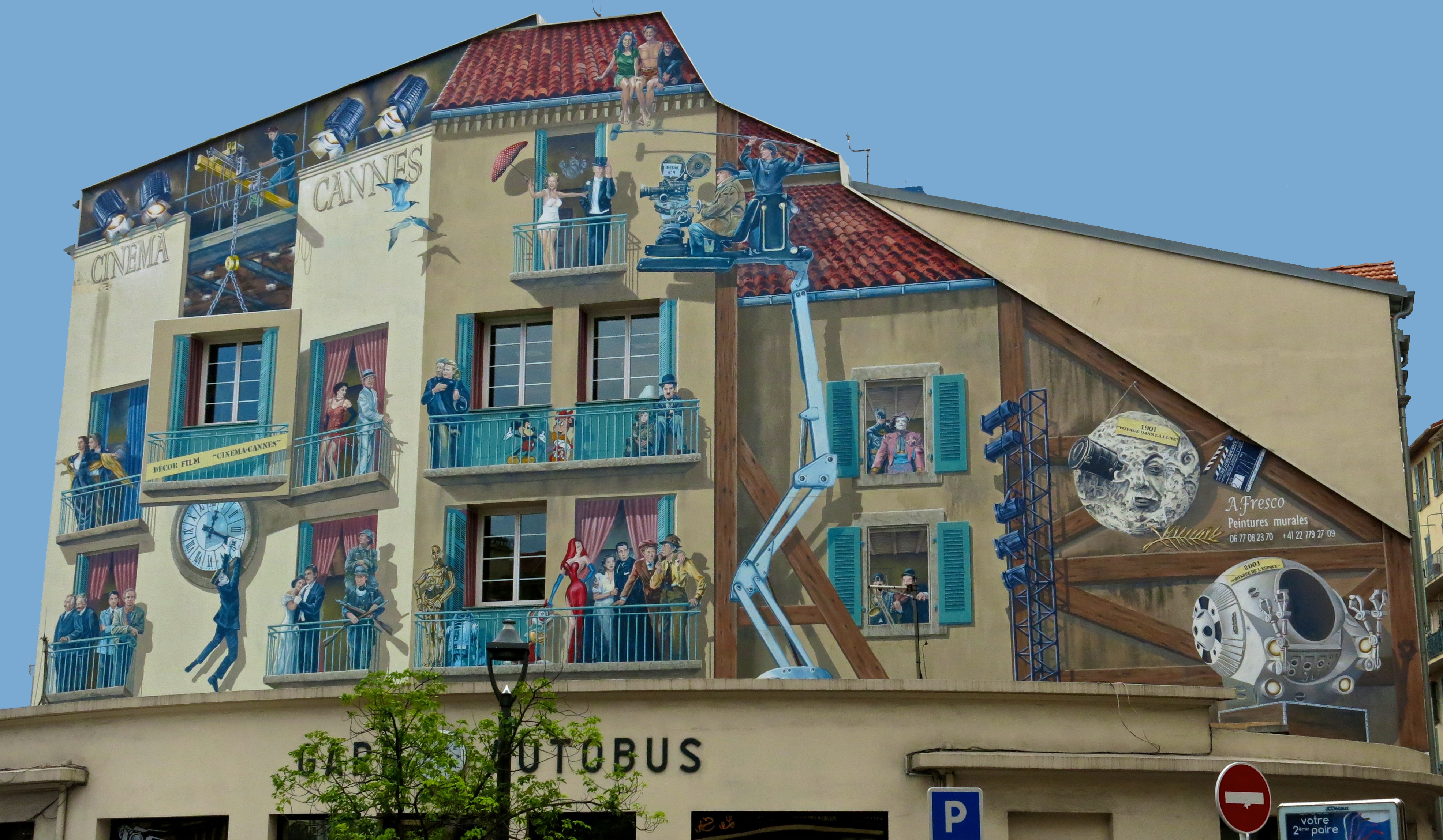 A film themed tour of france s cote d azur amy for Mural film