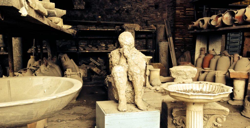 Pompeii victim crouching figure