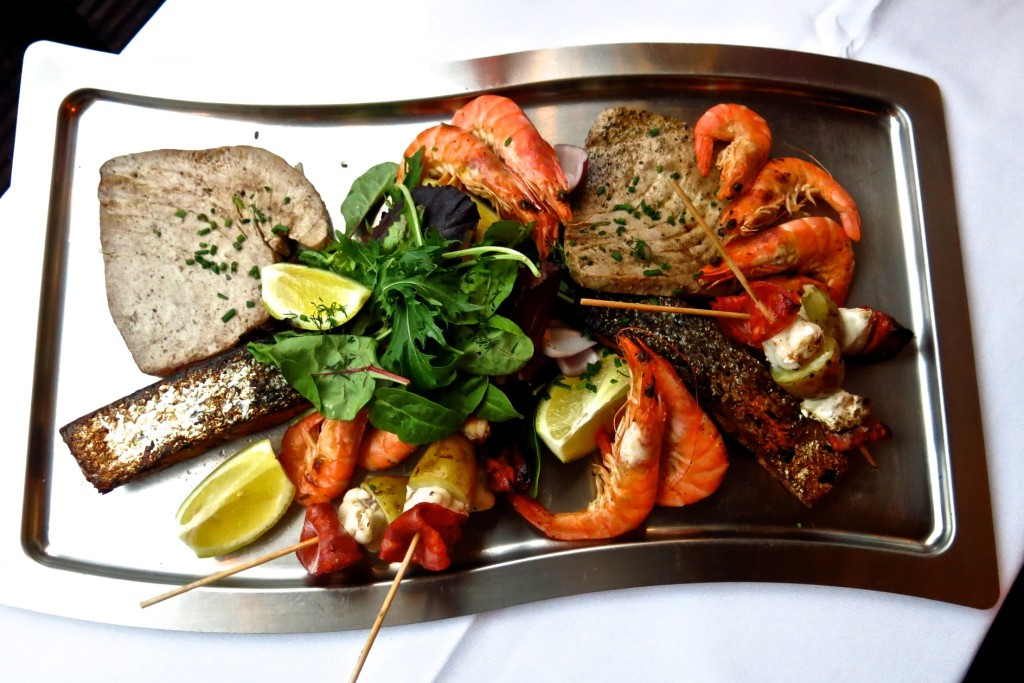 Seafood platter, top view