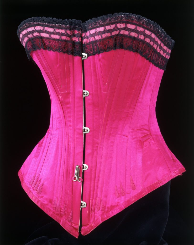 Silk satin, lace and whalebone corset, 1890 – 1895. Credit Victoria and Albert Museum, London