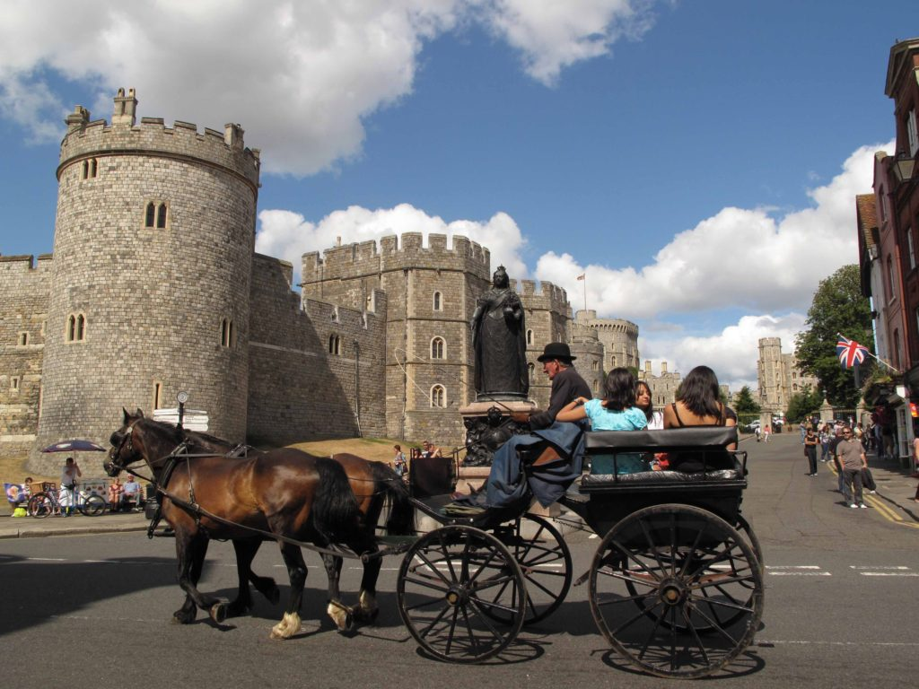A horse drawn carriage ride through the streets of Windsor. Copyright Amy Laughinghouse